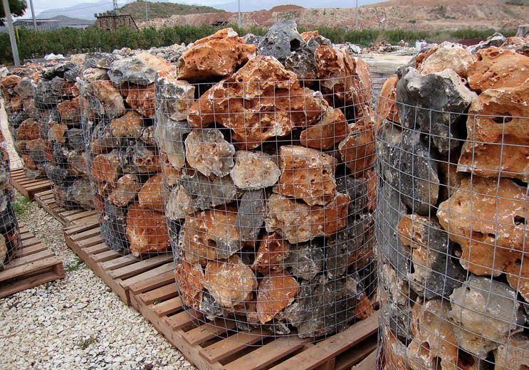 gaviones decorativos bali piedra natural gavion rojo Rocalla Negra-Roja. Bali Piedra Natural ...